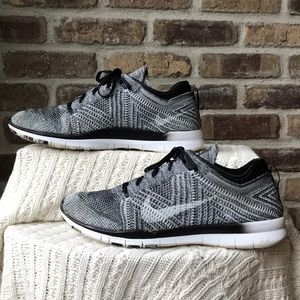 Nike Free TR Flyknit